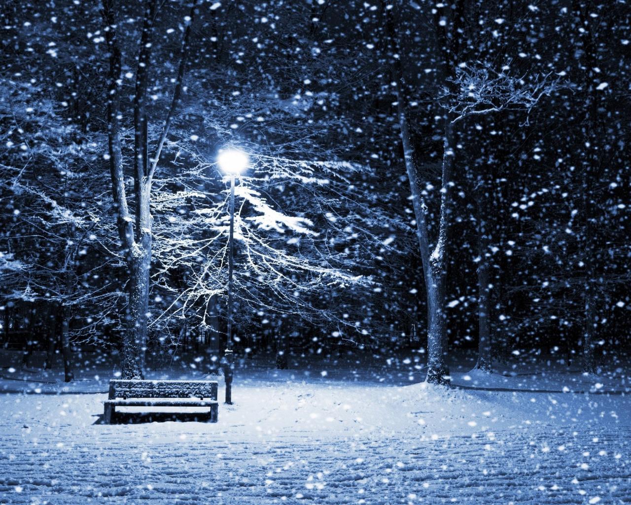 Открытка с падающим снегом и текстом, открытка маме