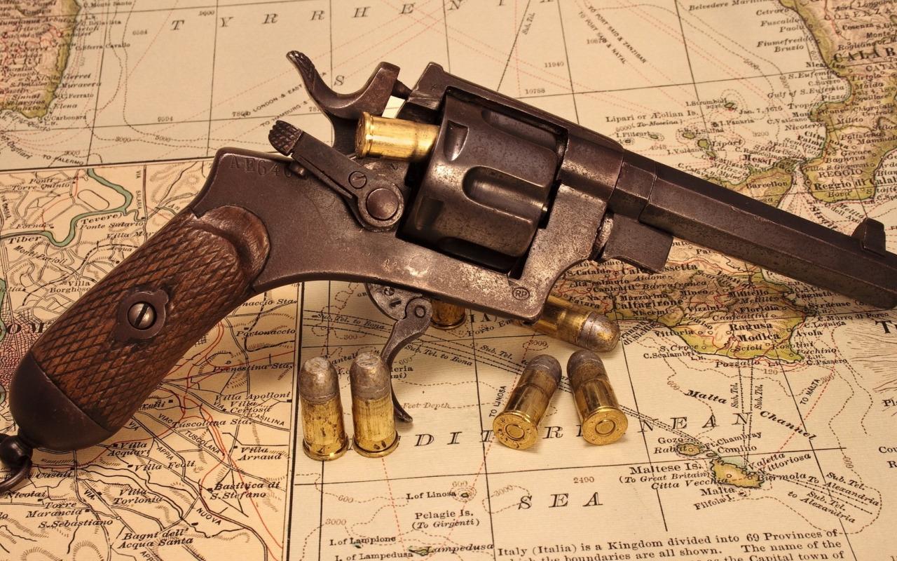Обои на рабочий стол патроны оружие