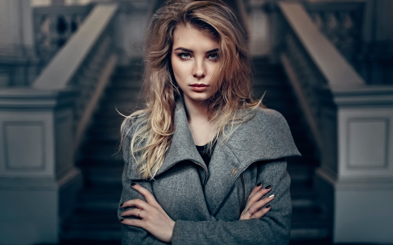 http://img1.goodfon.ru/original/1440x900/9/d6/irina-popova-ira-vzglyad.jpg