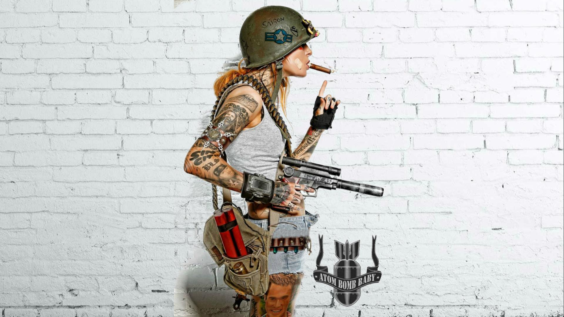 Татуировка девушек в военной форме
