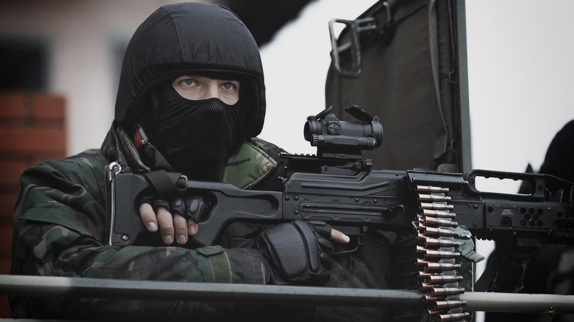 дагестанская фото красивое в маске спецназа ребёнком