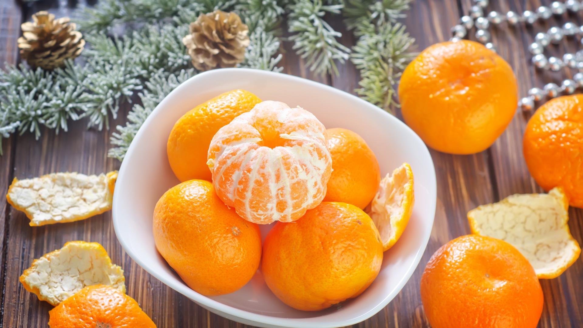 Открытки с запахом мандарина