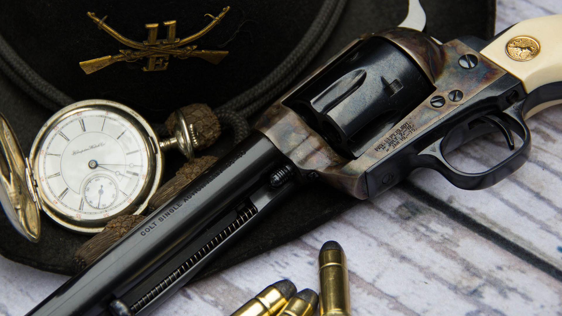 Револьвер с виноградом  № 1624177 загрузить