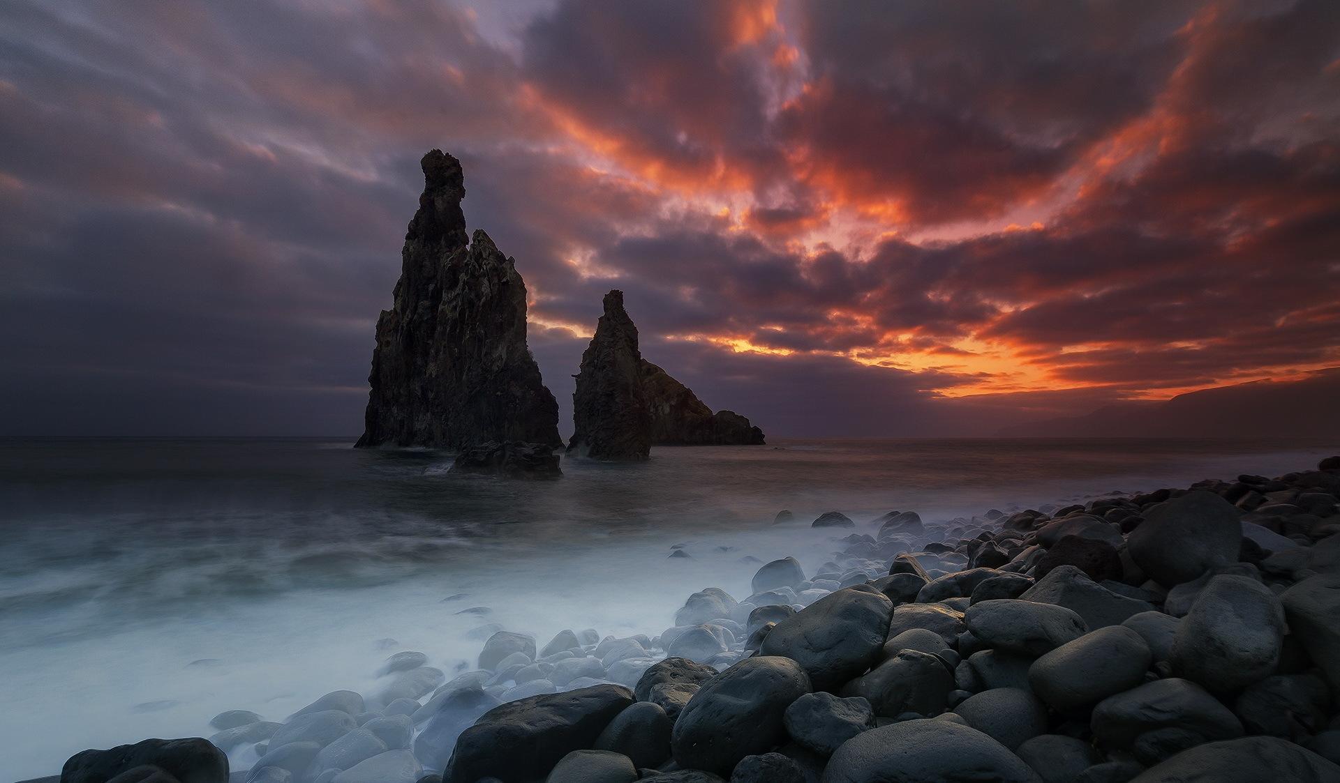 скала море камни rock sea stones  № 45322 загрузить