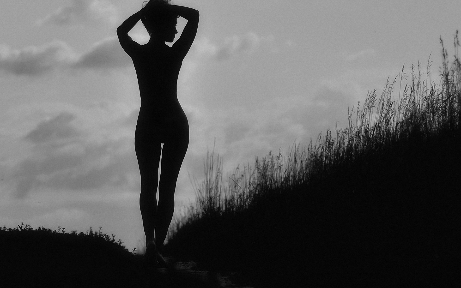 черно-белая фотография женского тела карьеру дженна