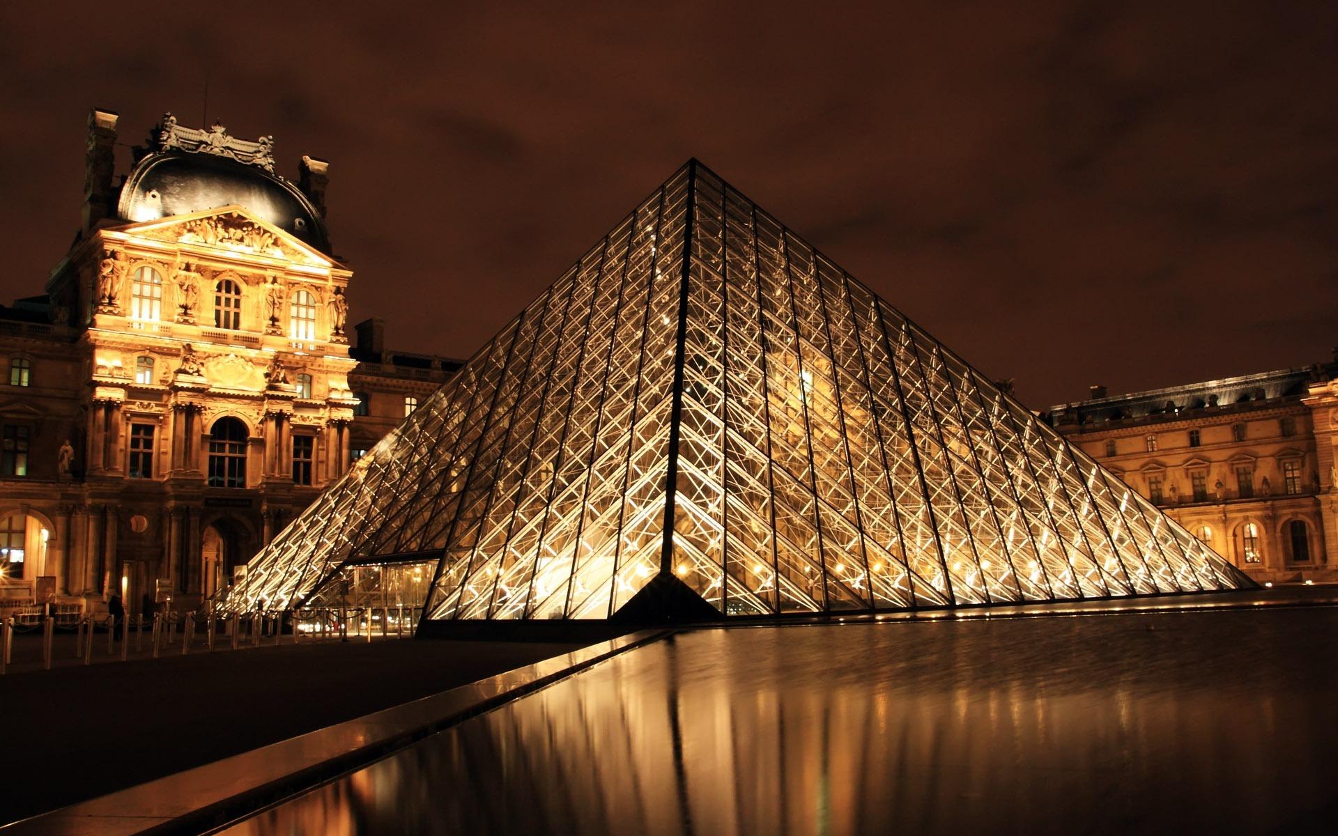 масса вариантов как ночью фотографировать архитектуру если