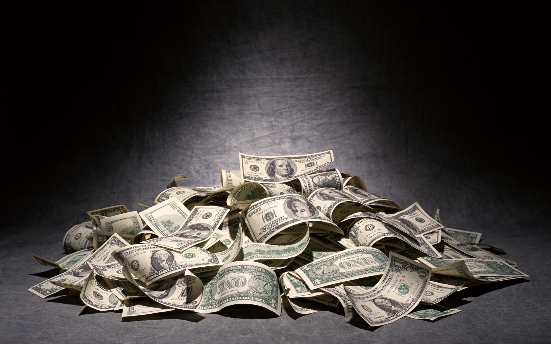 Прораб, деньги на картинках
