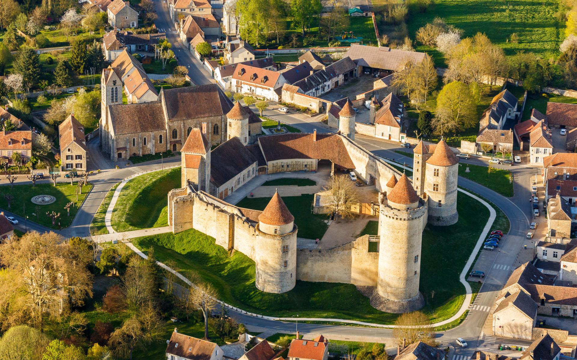 Chateau de Vizille, Isere, France  № 156901 бесплатно