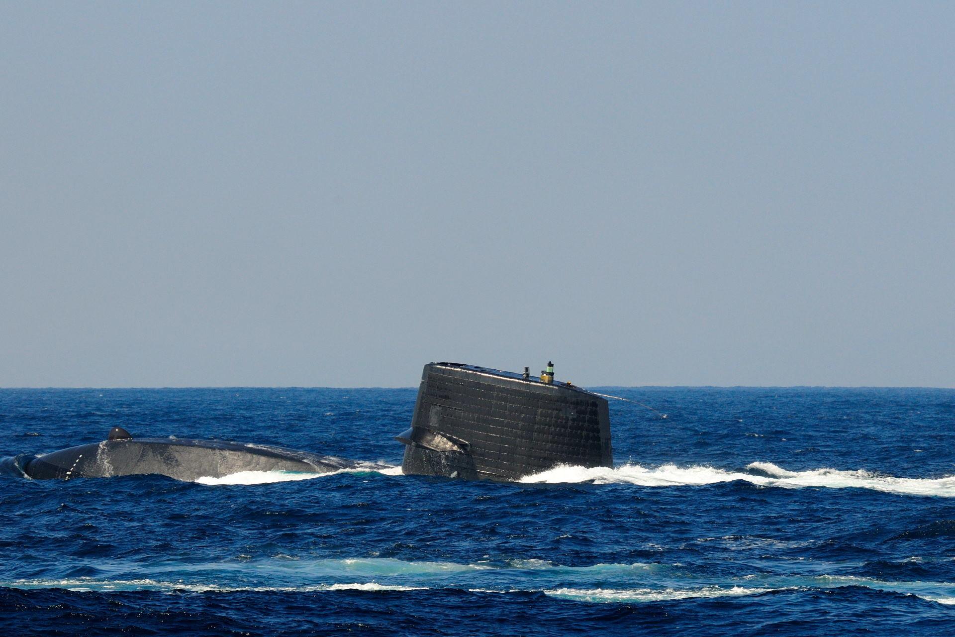 Подводный мир байкала фото военные медики