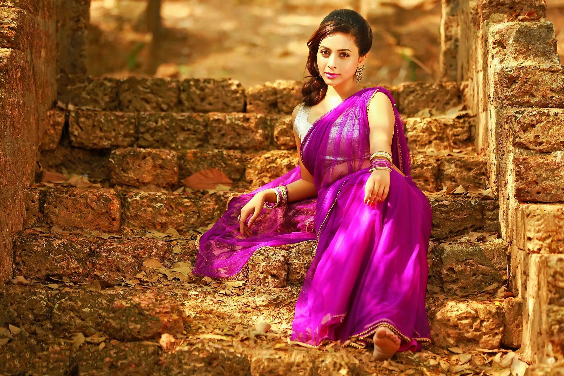 Красивые, картинки индийских девушек в сапогах