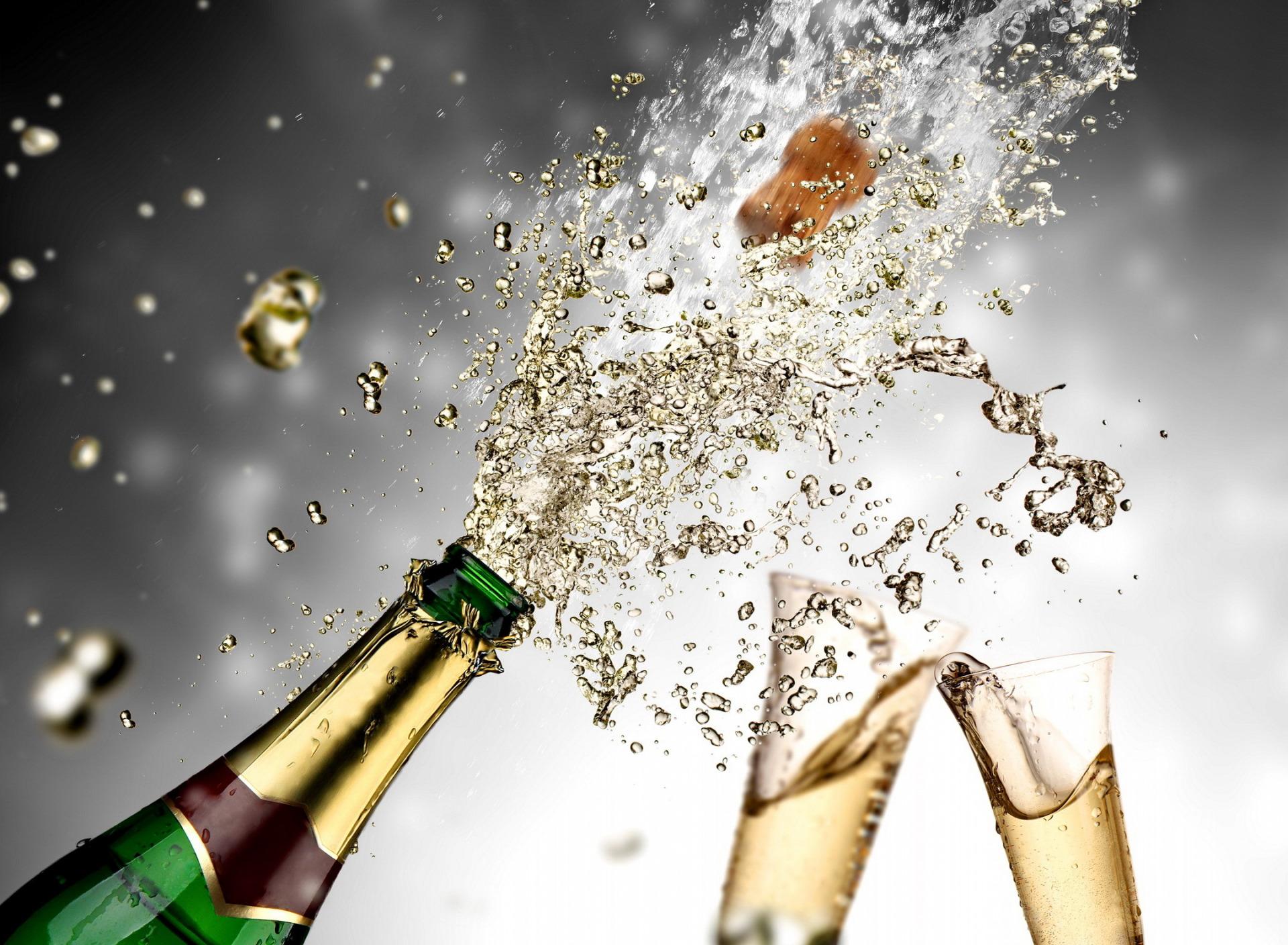 уж, что-что, поздравление давай шампанское откроем меня