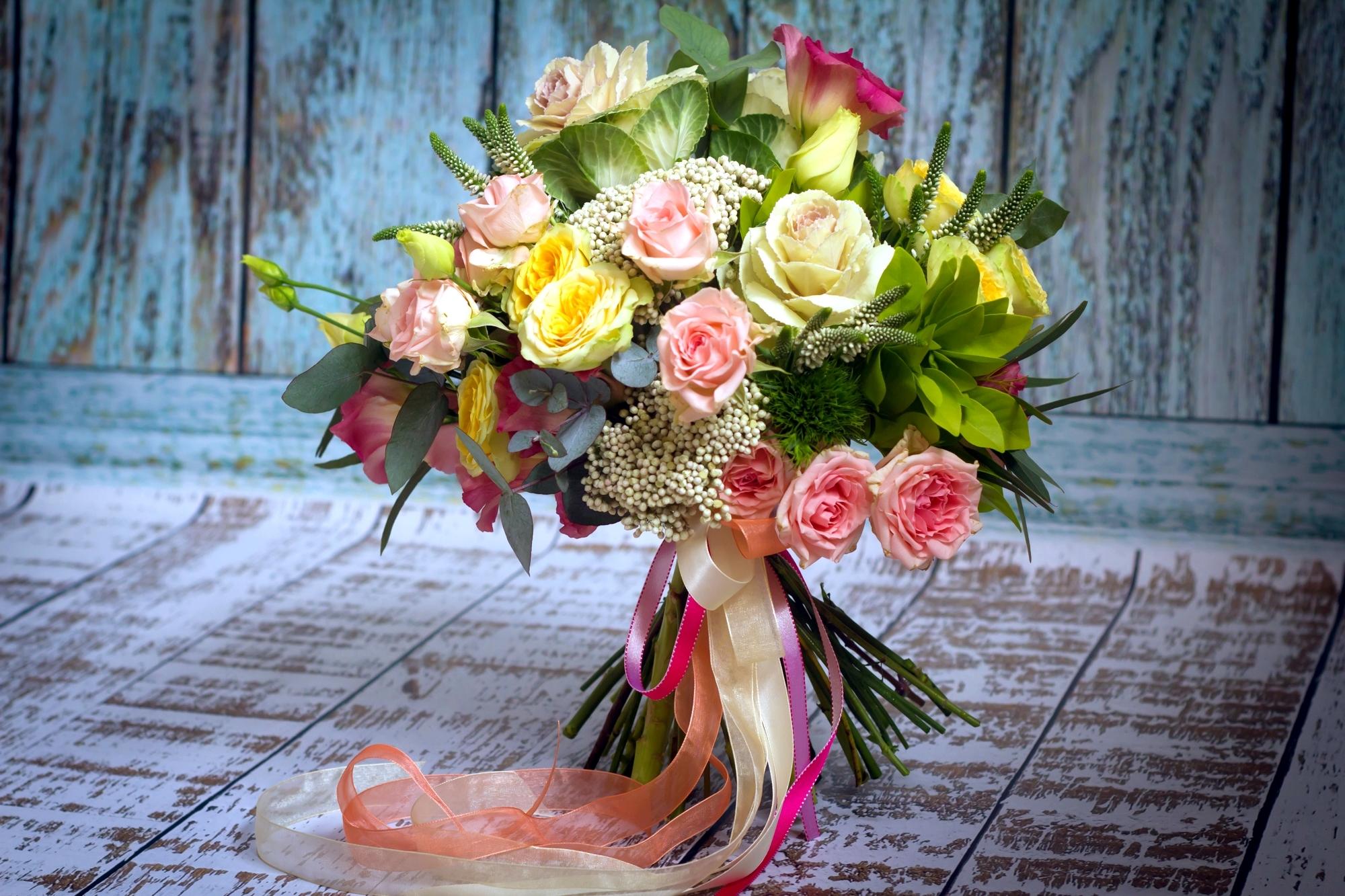 Лилий, дизайнерский букет цветов