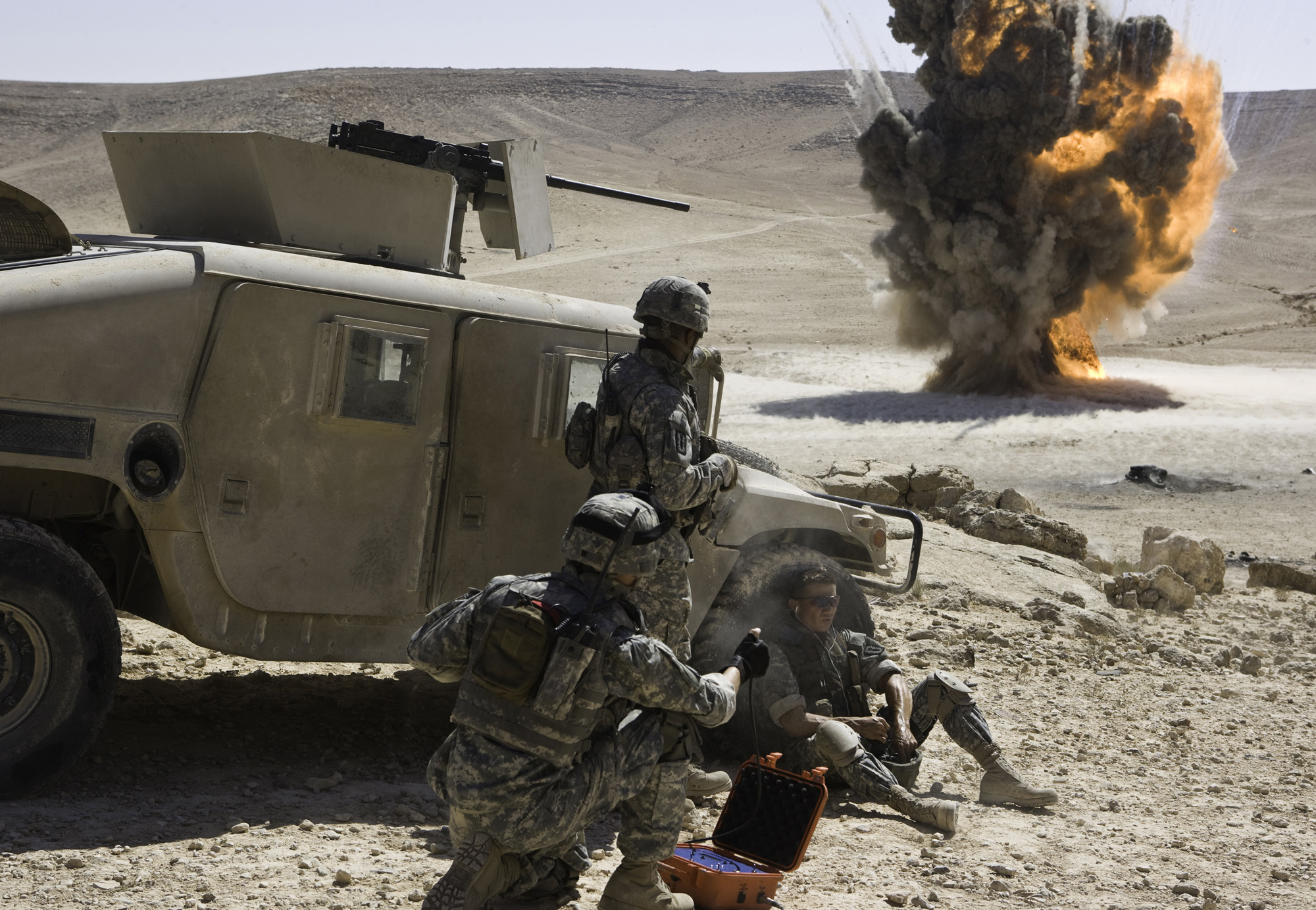 movie analysis the hurt locker Film 245 scene analysis 2 this feature is not available right now please try again later.