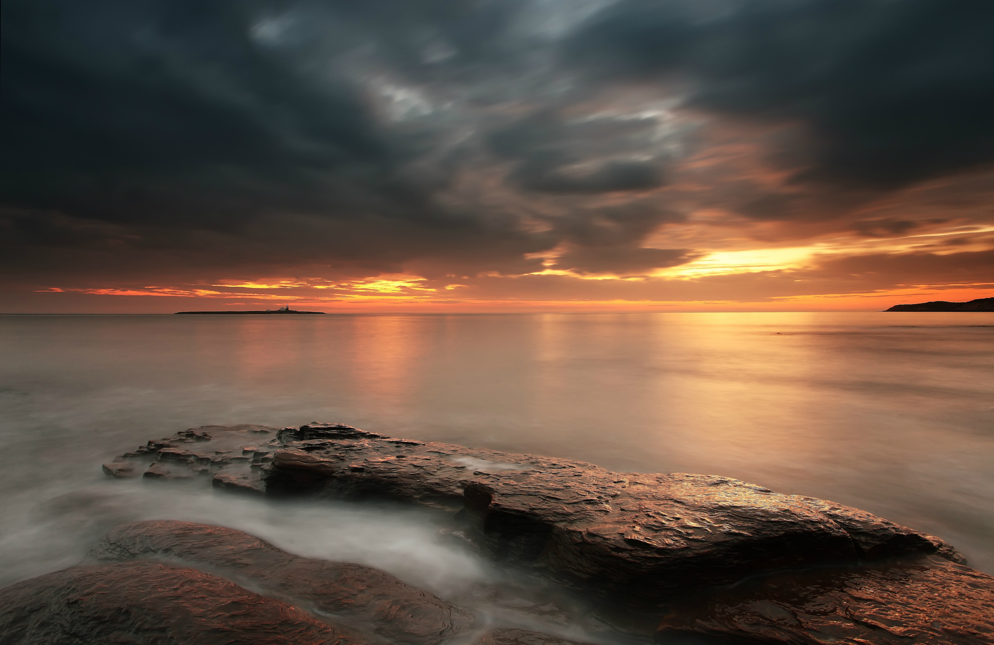 закат камень берег море sunset stone shore sea  № 1023653 бесплатно