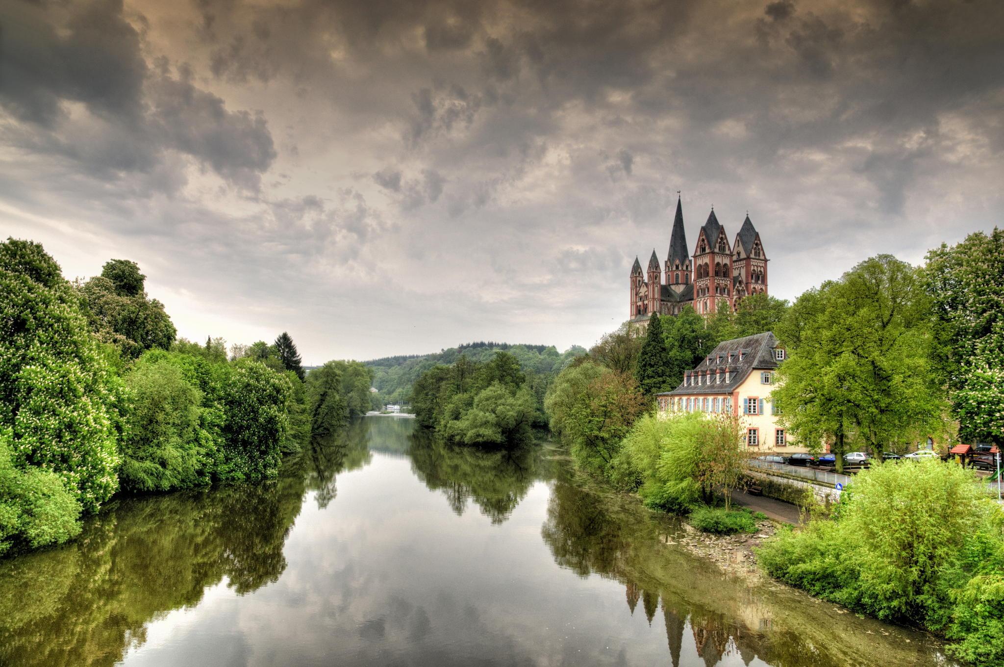 Lorch Village, Hesse, Rhine River, Germany  № 78317 загрузить