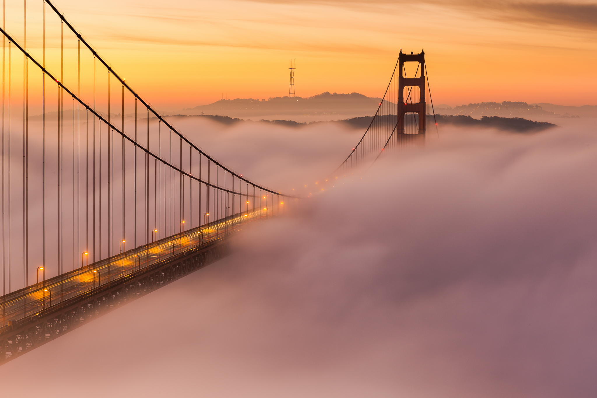 картинки тегом фотообои подвесной мост в тумане каким