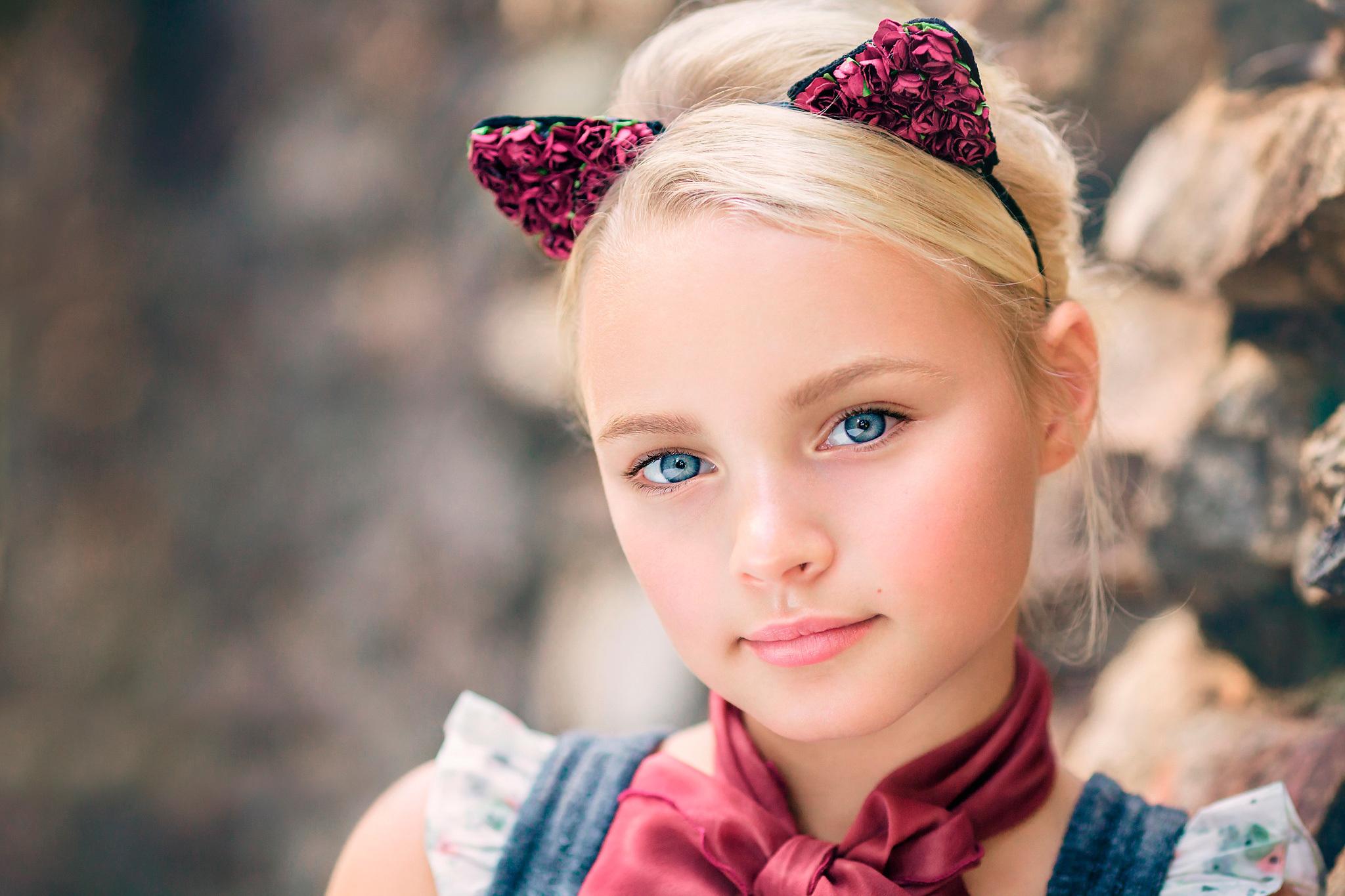 A blonde little girl — 1