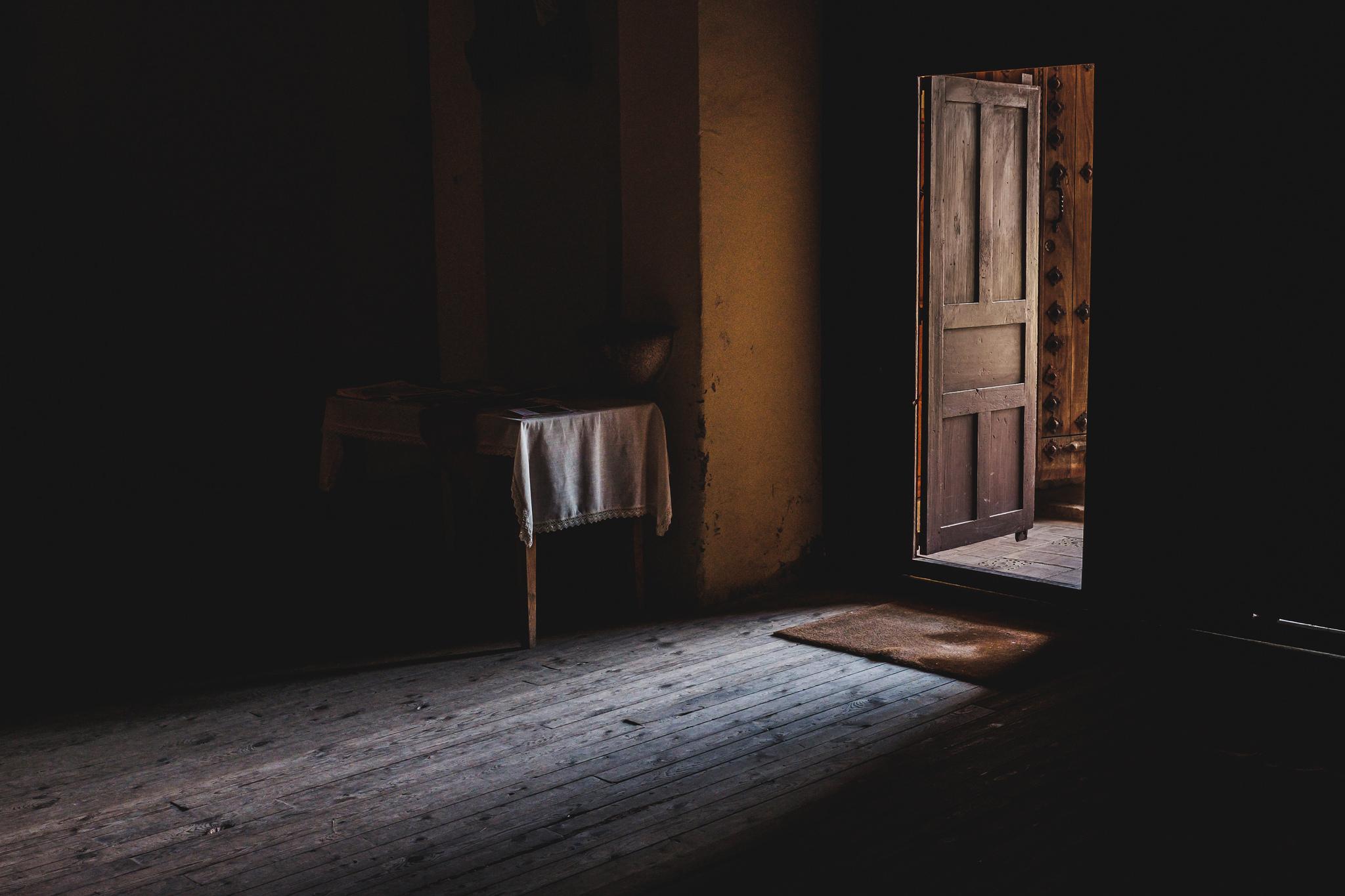 бросит беде картинки ночь открытых дверей галя раздвинула ножки