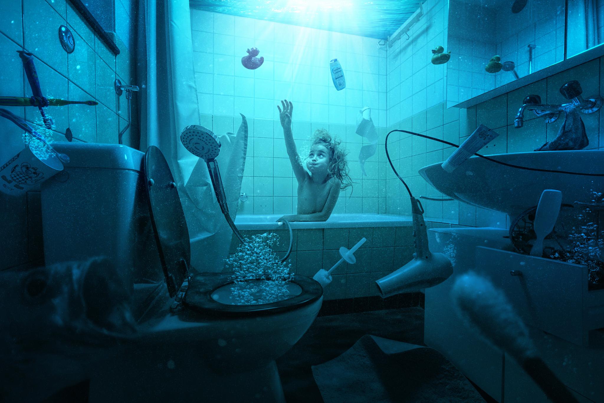Фото под водой в ванной — 12