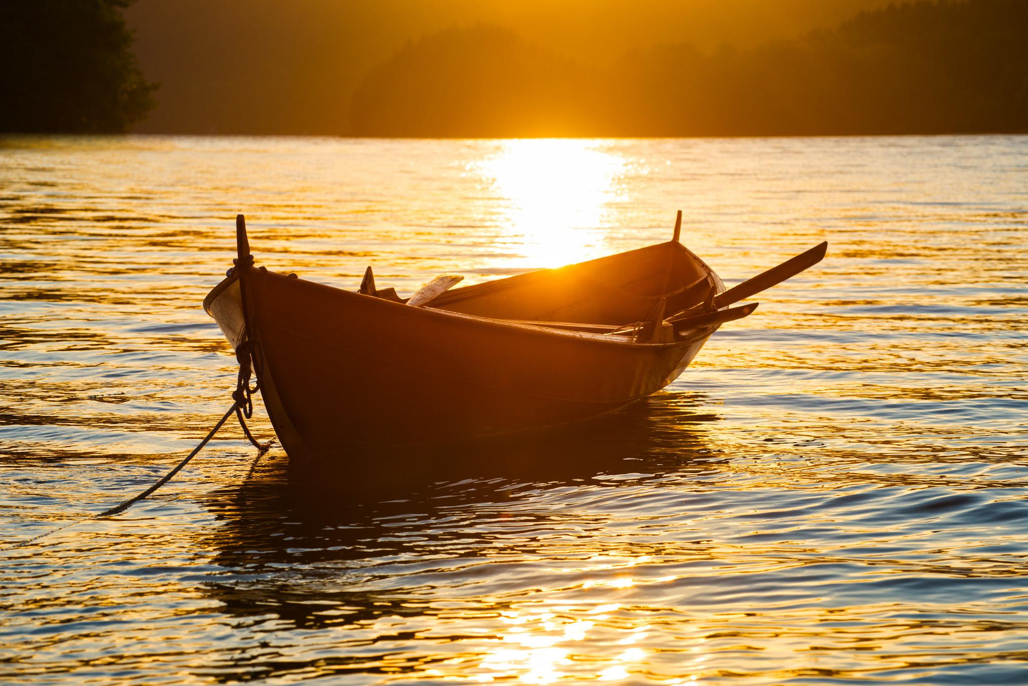 что лодка открытка фото прорисовке традиционной
