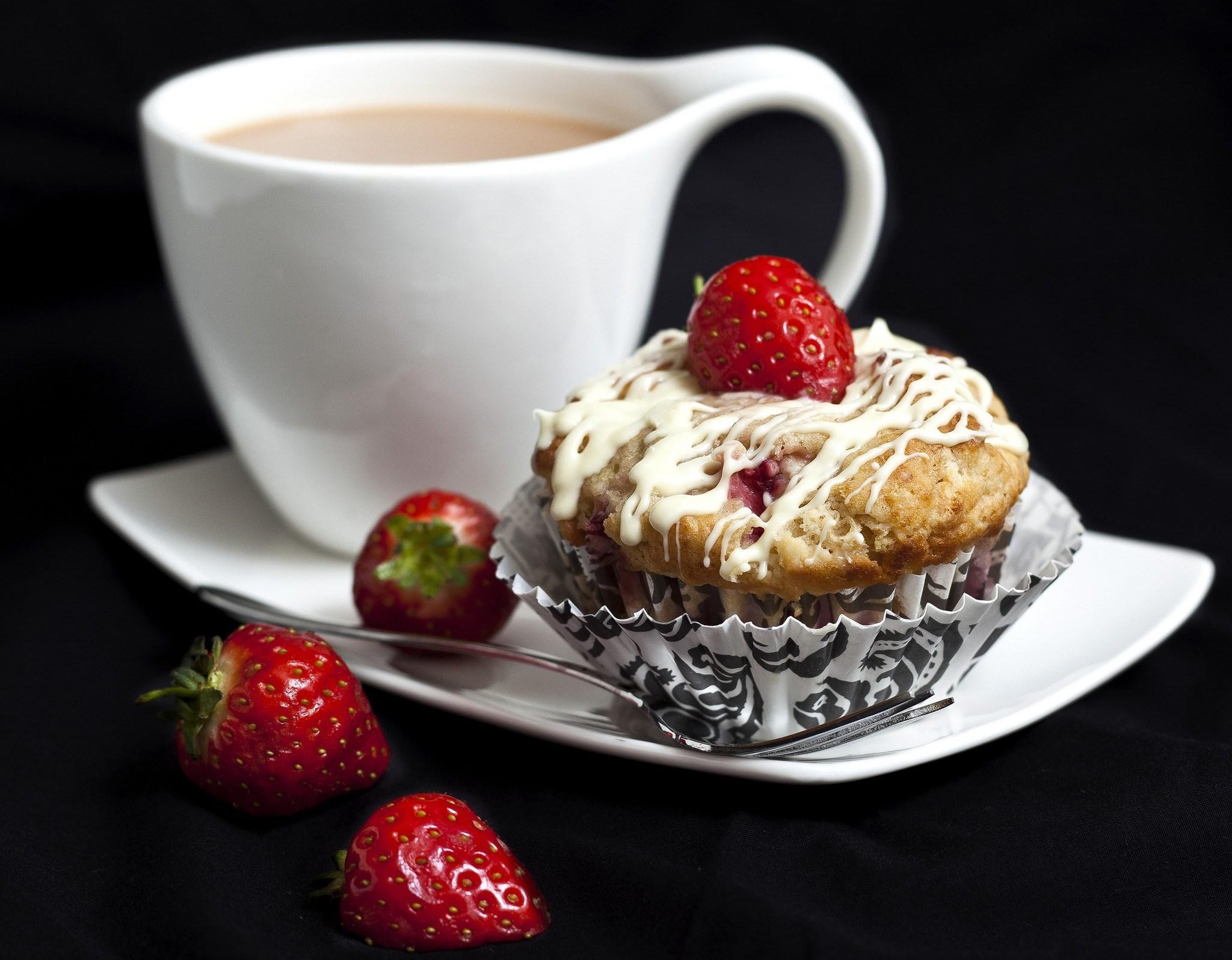 Открытки, открытка с пирожными и кофе