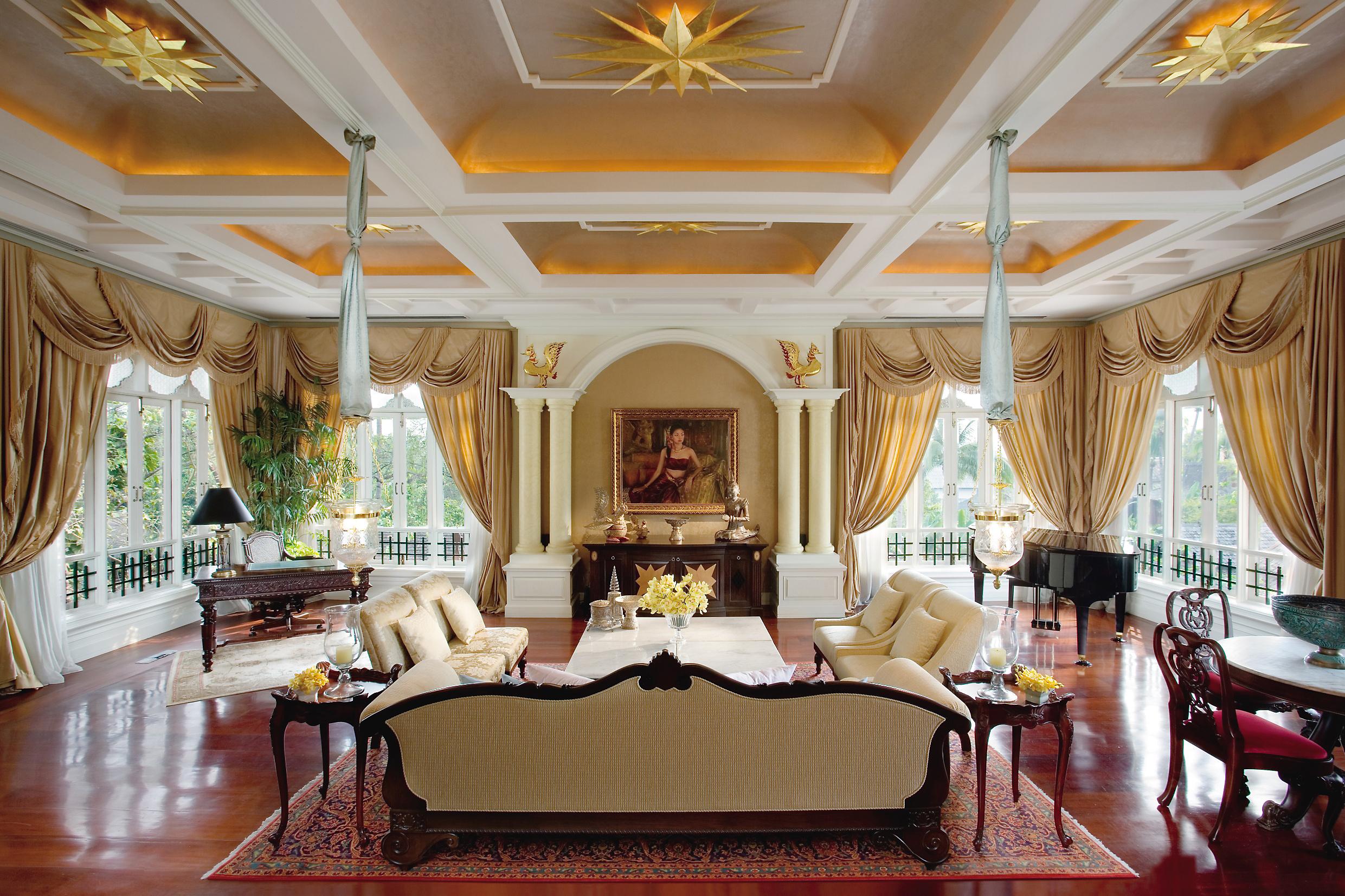 богатые дома потолок фото кондиломы шейке