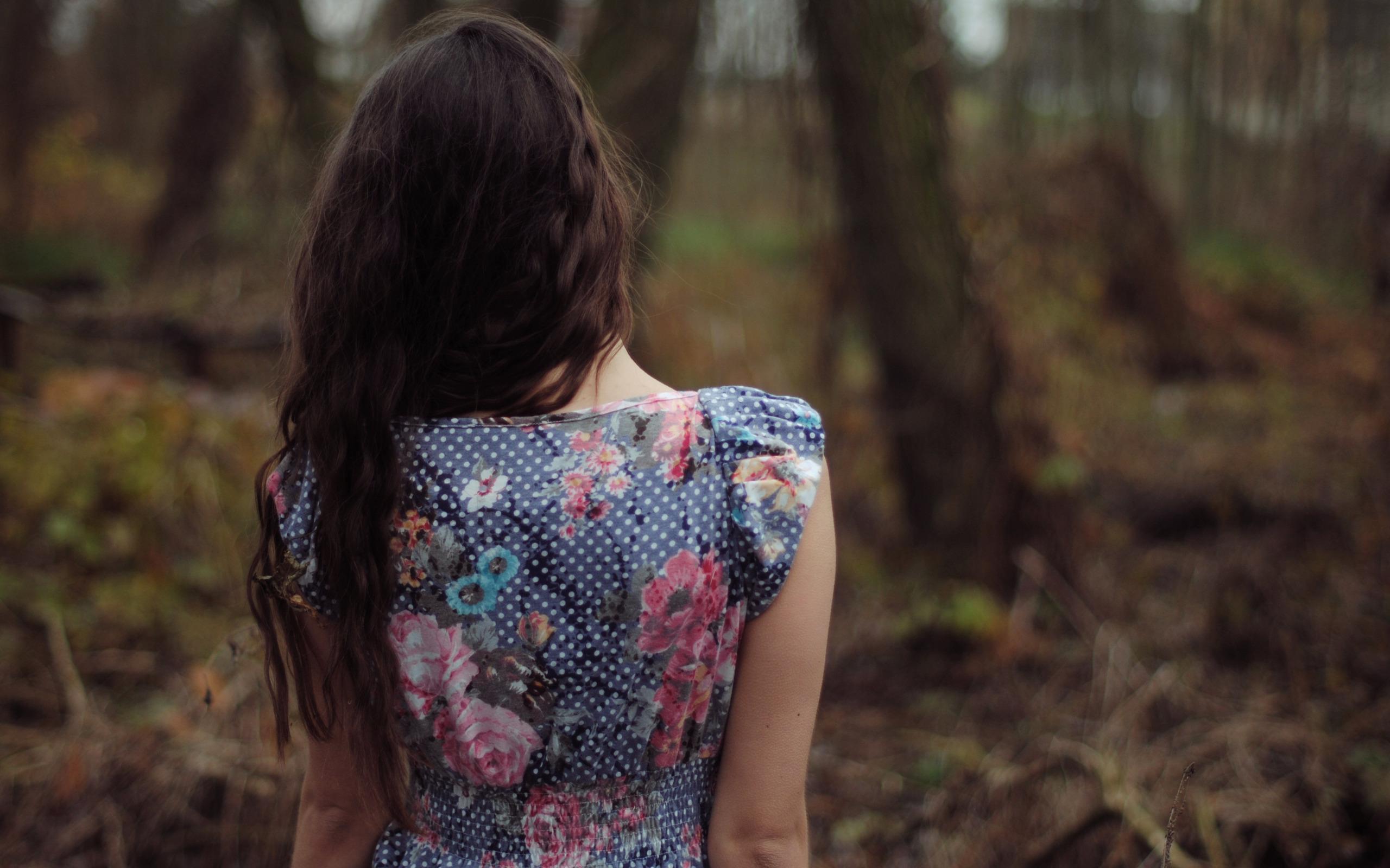 Фото девушек со спины обычное фото