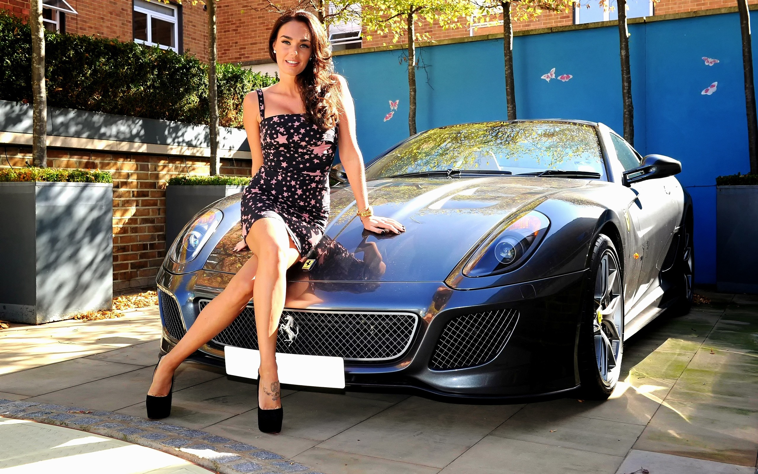 very-young-italian-car-models-girls-hot-muslim