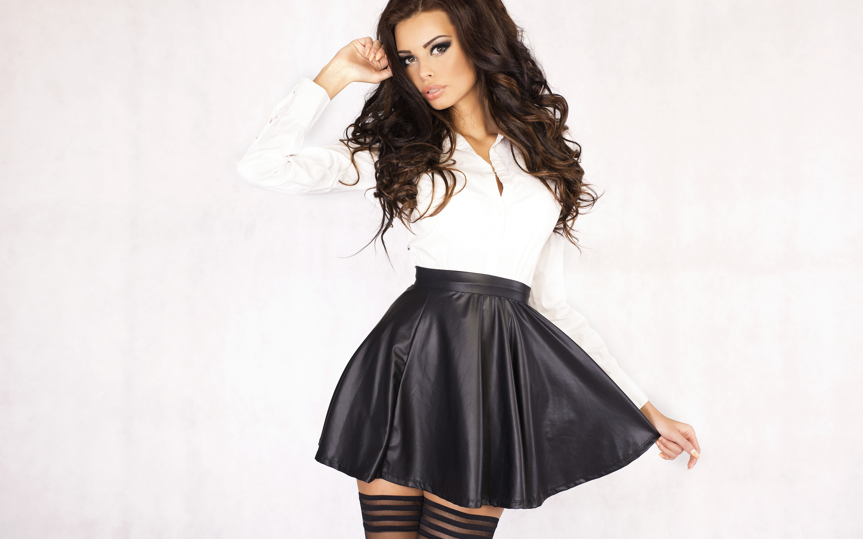 девушка в красивой юбки - 14