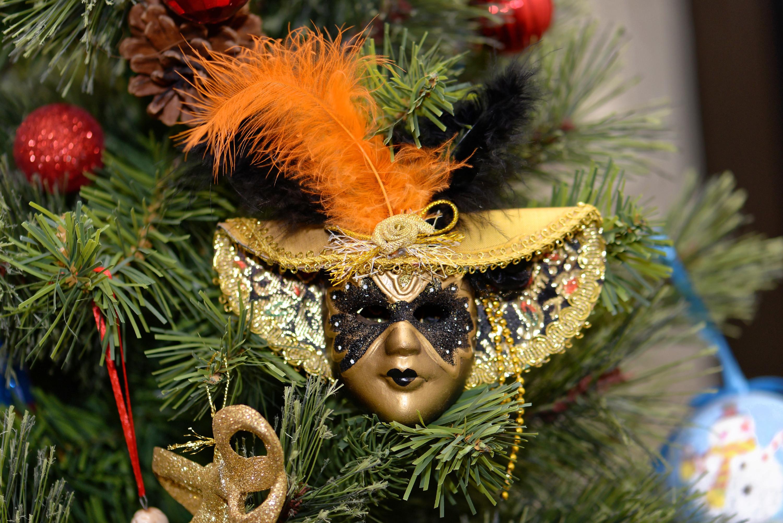 Новогодний карнавал кларанс фото
