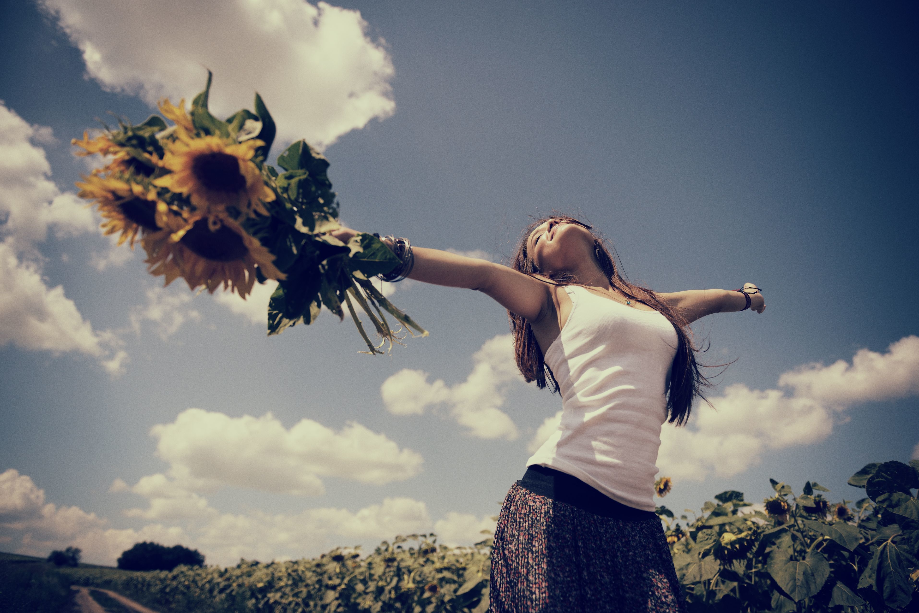 Картинки счастливой девушки на аву, одесса