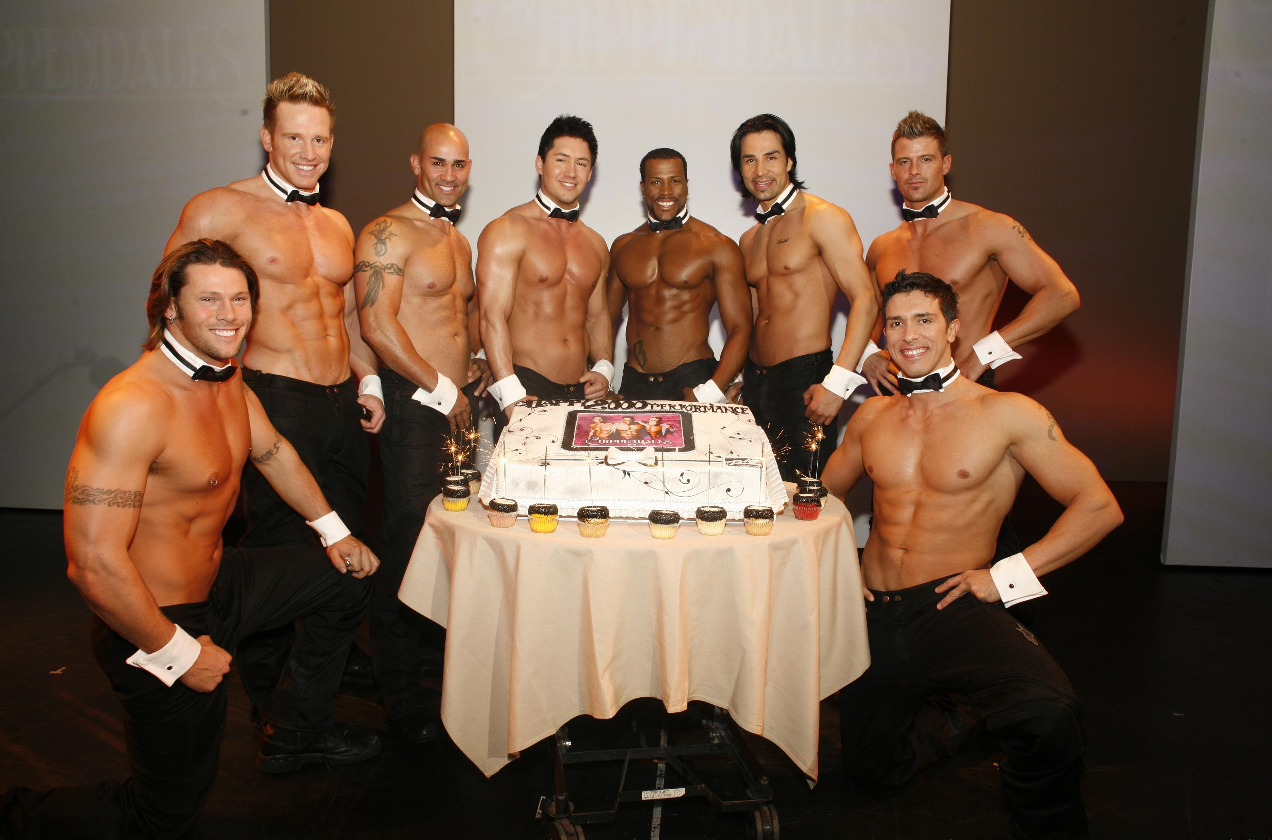 Открытки с днем рождения для дам с красивыми мужчинами, любовь открытка