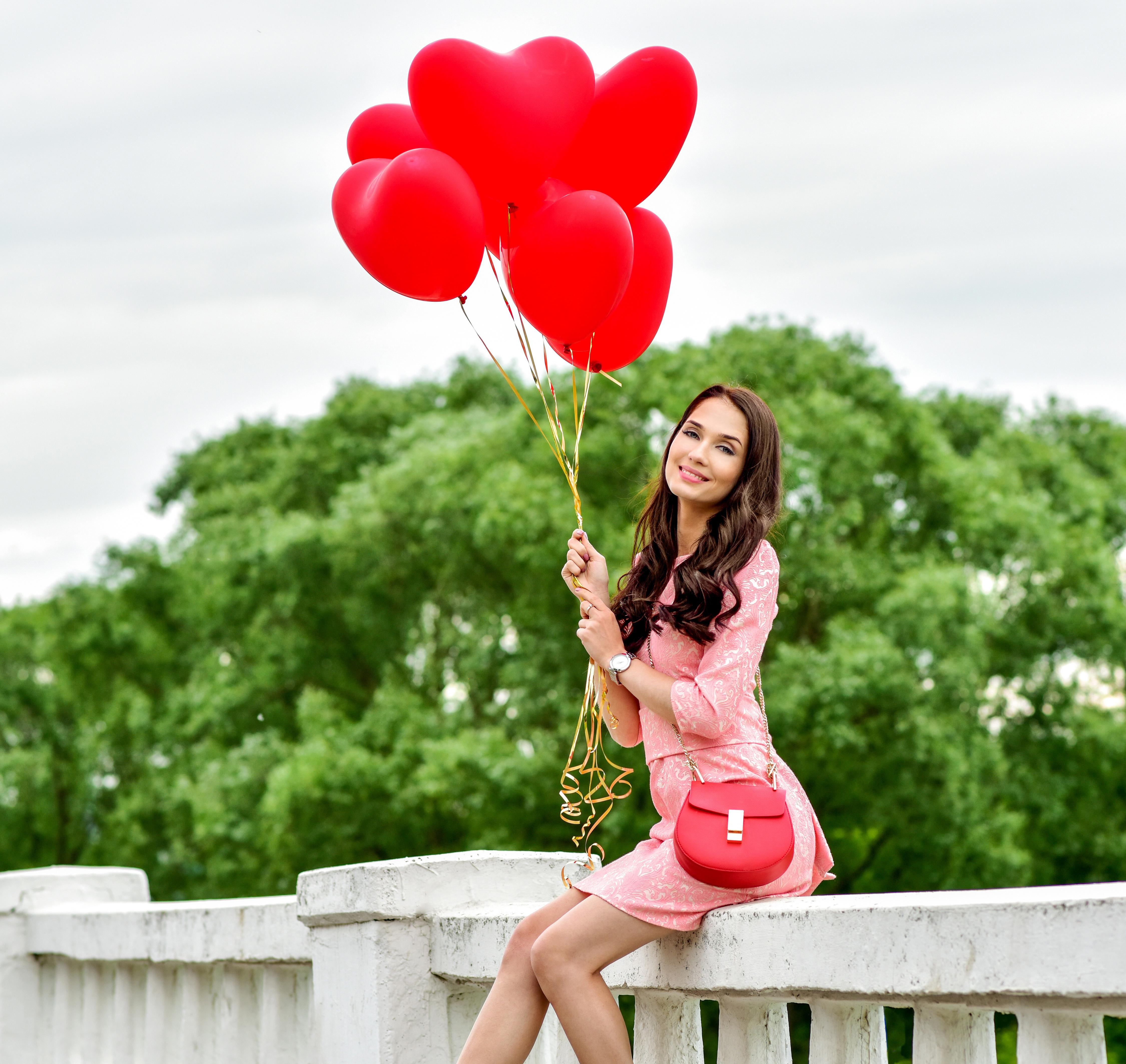 как красиво сфотографироваться с воздушными шарами написано нем