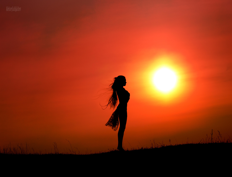 Картинки на закате девушка, хорошего настроения фото
