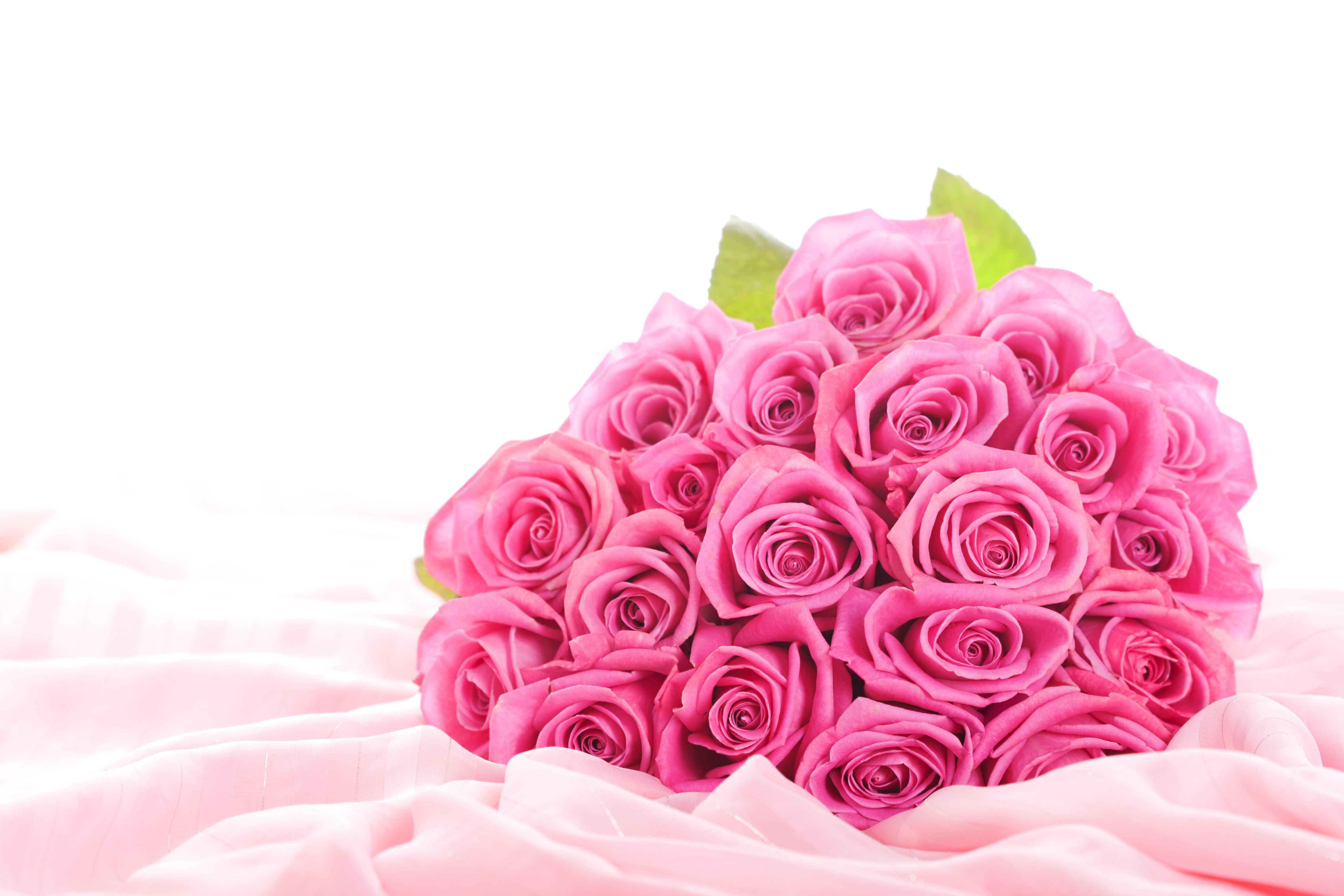 Открытка с днем рождения женщине с цветами без слов