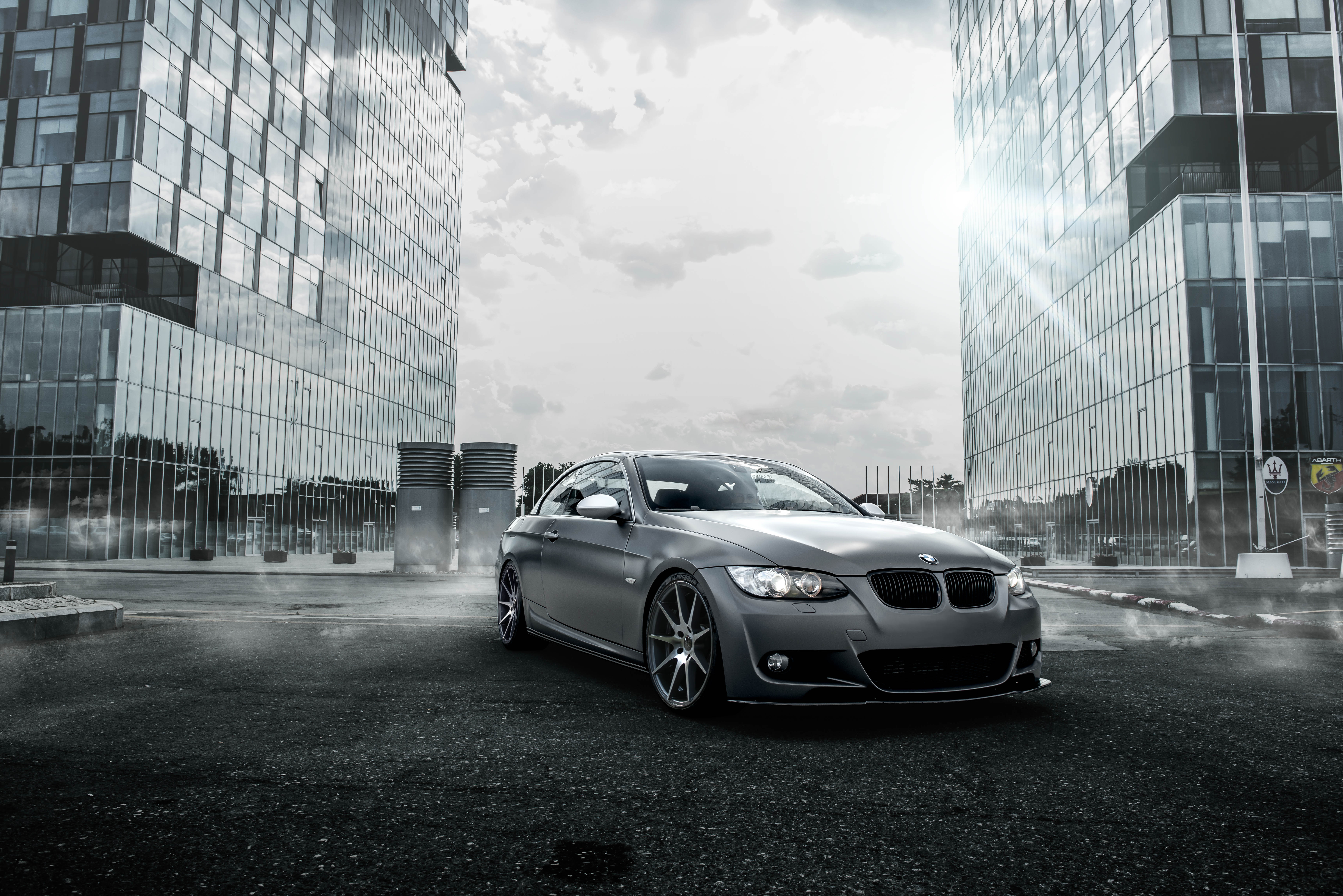 черно-бело фото BMW  № 2422813 загрузить