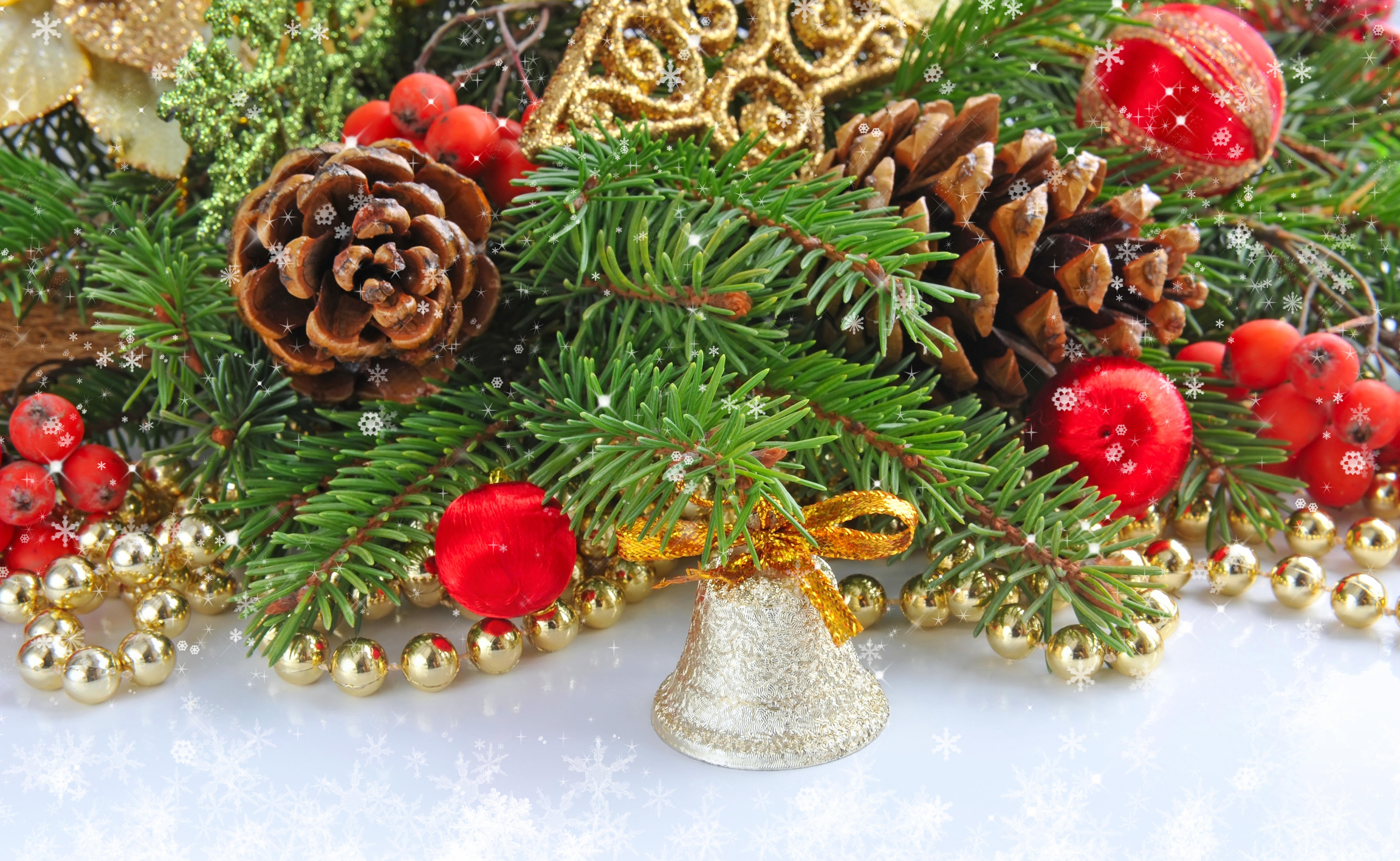 Открытки красивые новогодние елки звеном сфере