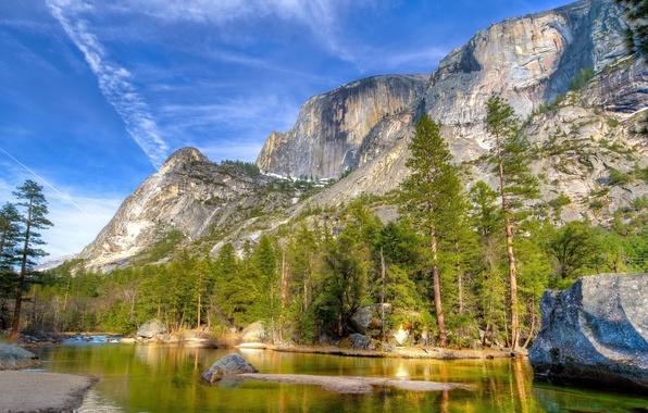 Картинка лес, небо, облака, деревья, горы, скала, озеро, река, камень, Yosemite, National Park, Sierra Nevada