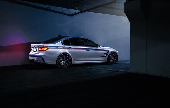 Картинка BMW, Dark, German, Car, Carbon, Rear, F80, SS Customs