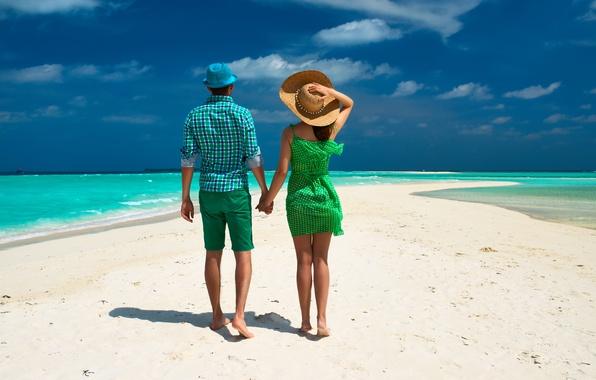 Картинка море, пляж, тропики, пальма, пара, прогулка, beach, sea, steam, walk, palm, tropics
