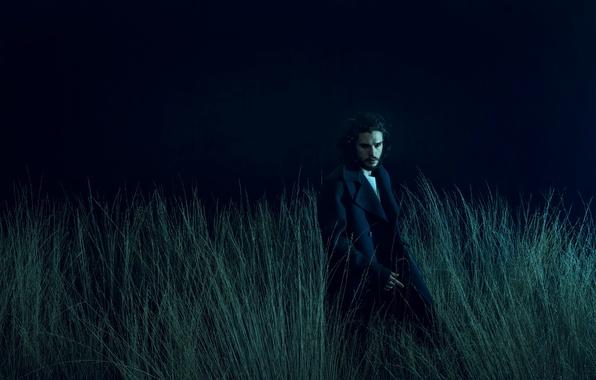 Картинка трава, ночь, фотограф, актер, пальто, фотосессия, на природе, Kit Harington, Кит Харингтон, Norman Jean Roy, …