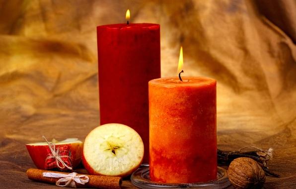 Картинка яблоки, свечи, орехи, корица