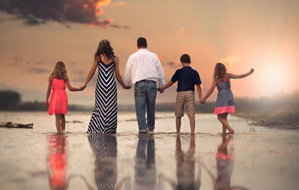 Картинка дети, отражение, семья, Family, родители