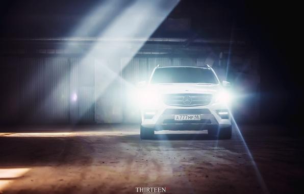 Картинка машина, авто, свет, Mercedes-Benz, фотограф, оптика, auto, photography, AMG, photographer, ML350, Thirteen