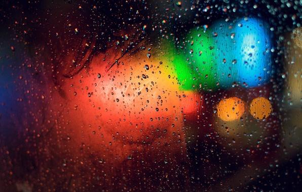 Картинка стекло, цвета, капли, свет, огни, блики, дождь, разводы, яркость, запотело
