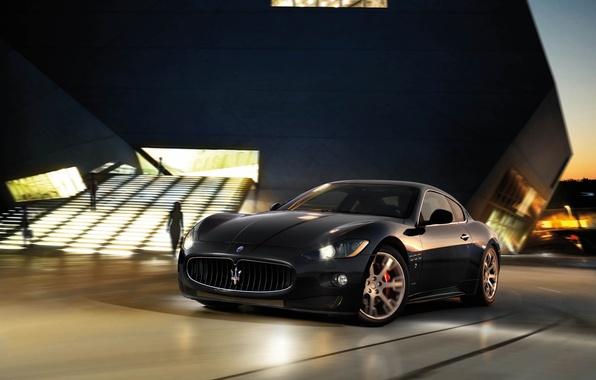 Картинка Maserati, Черный, Ночь, Здание, Фары, GranTurismo, Размытие