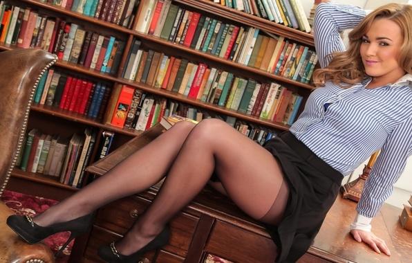 частное фото женщин в возрасте в колготках