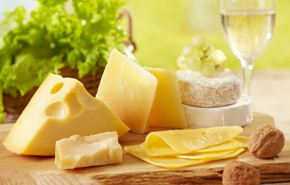 Картинка вино, белое, бокал, сыр, виноград, салат, ломти, грецкие орехи