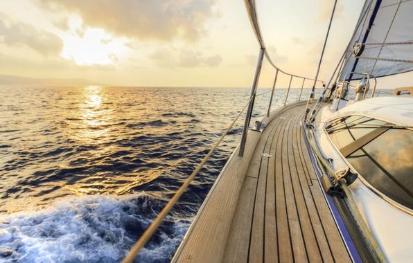 Картинка море, волны, небо, брызги, ветер, рассвет, отдых, скорость, яхта, простор, парус, палуба, summer, приключения, sky, …