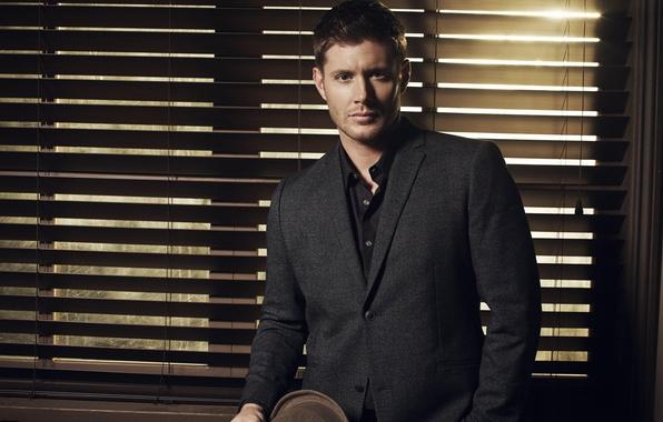 Картинка шляпа, костюм, актер, мужчина, сериал, Supernatural, Jensen Ackles, Сверхъестественное, Dean Winchester, Дин Винчестер, Дженсен Эклс, …